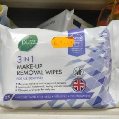 Pure 3 In 1 Facial Wipes